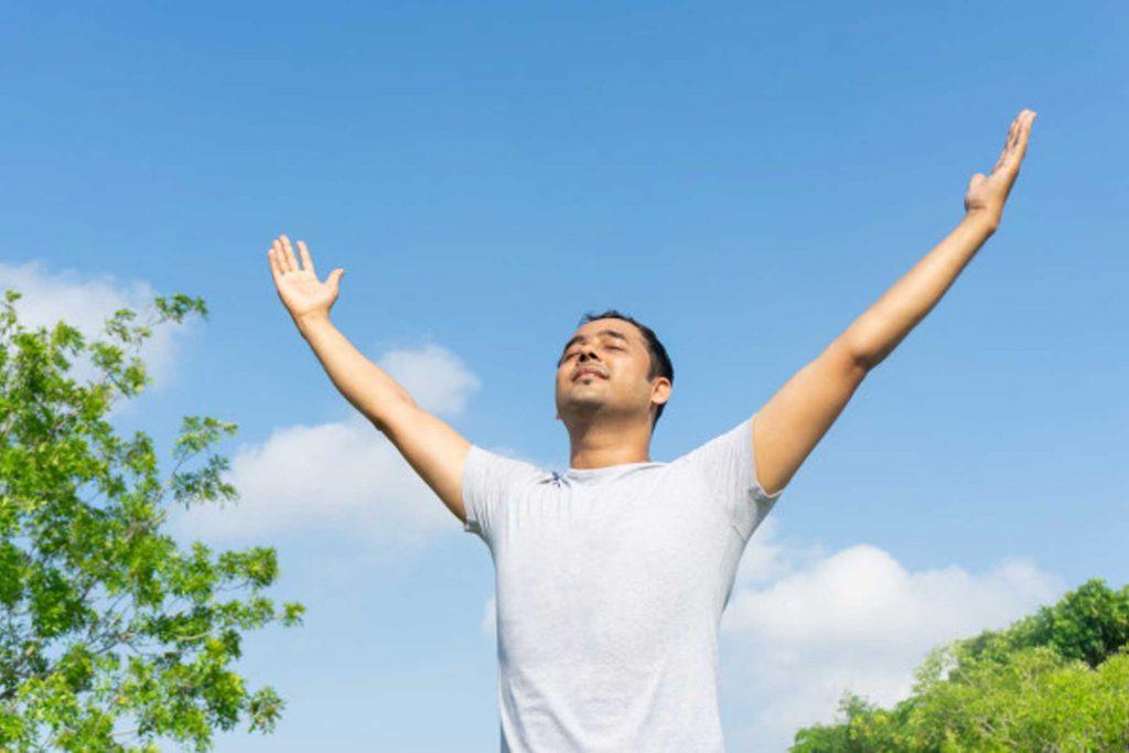 تنفس آرام سازی، یک تکنیک کنترل افکار منفی است.